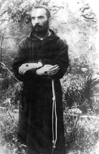 Saint Pio, jeune prêtre