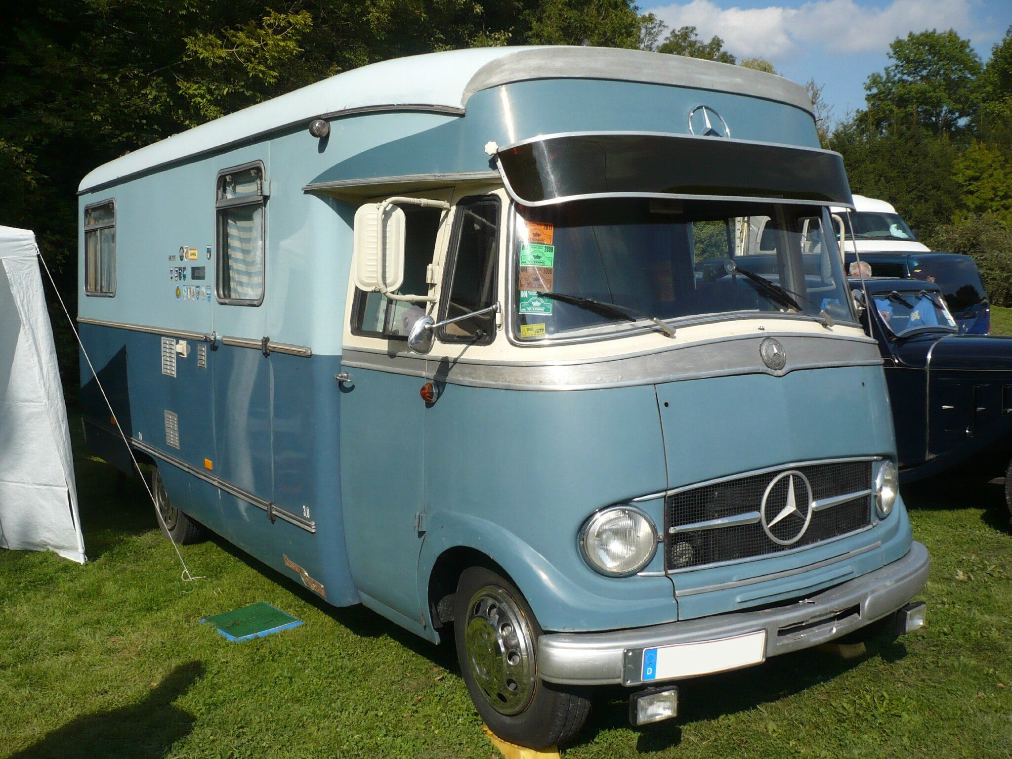 mercedes l319 am nag camping car karosserie berger vroom vroom. Black Bedroom Furniture Sets. Home Design Ideas
