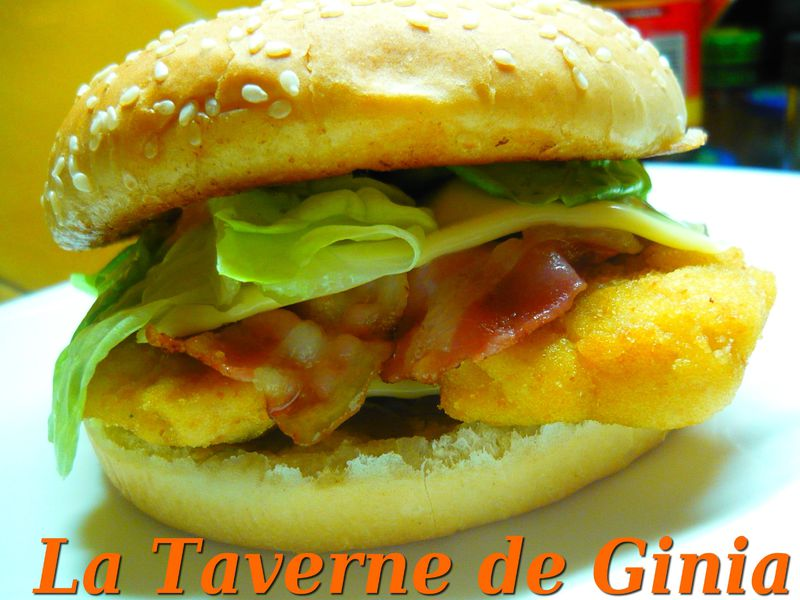 burger au poulet bacon et confit d 39 oignons la taverne de ginia. Black Bedroom Furniture Sets. Home Design Ideas