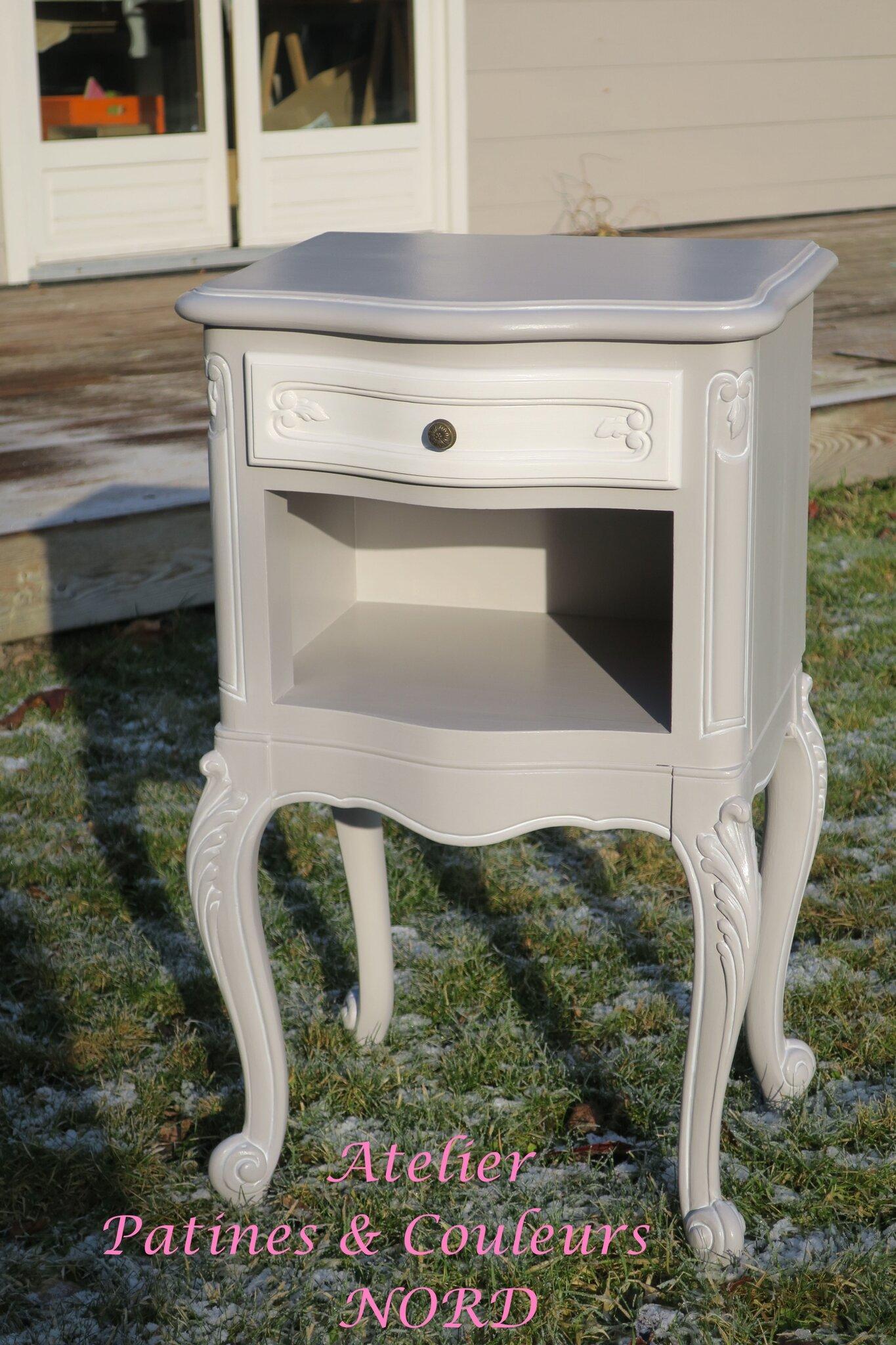 Petit chevet romantique et son armoire style r gence patines couleurs - Armoire style romantique ...
