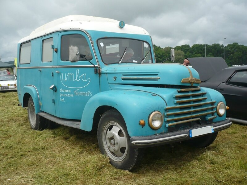 FORD FK G39T 3500 V8 ancienne ambulance 1960 Madine (1)