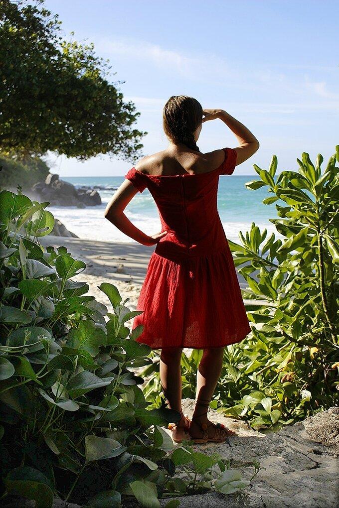Une robe Seda pour le retour et le voyage de noces