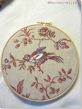 petit tambour oiseau brod