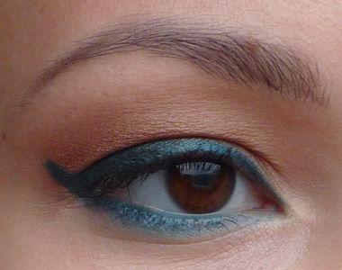 makeup1056