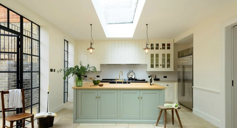 Devol-Kitchens__English-Shaker_Traditional-Design_Kitchen_Simple_Tudor_Country_Designer-Spotlight_Emily-Henderson_Inspiration_5