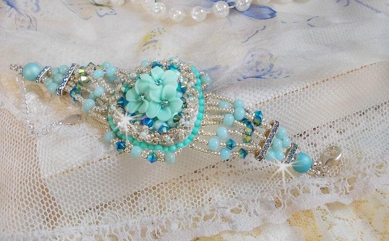 Bracelet Blue Flowers 13-1