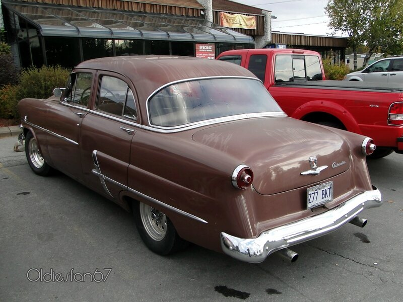 ford-customline-v8-sedan-1953-b