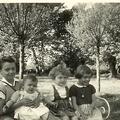 Le frère et ses soeurs