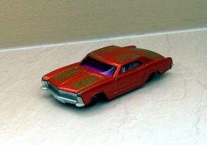 Buick riviera de 1964 coupé de chez Hotwheels (2001) 01