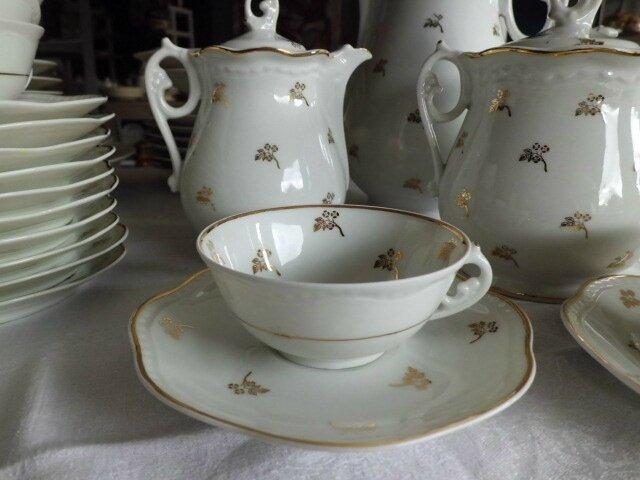 service de table en porcelaine de limoges ancien brocante la gargouille c rilly vaisselle. Black Bedroom Furniture Sets. Home Design Ideas