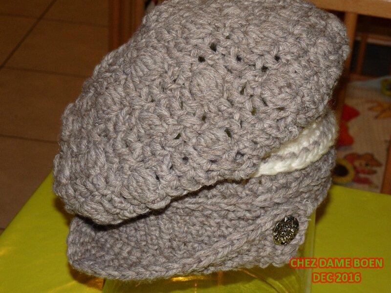 P1250046 et son bonnet