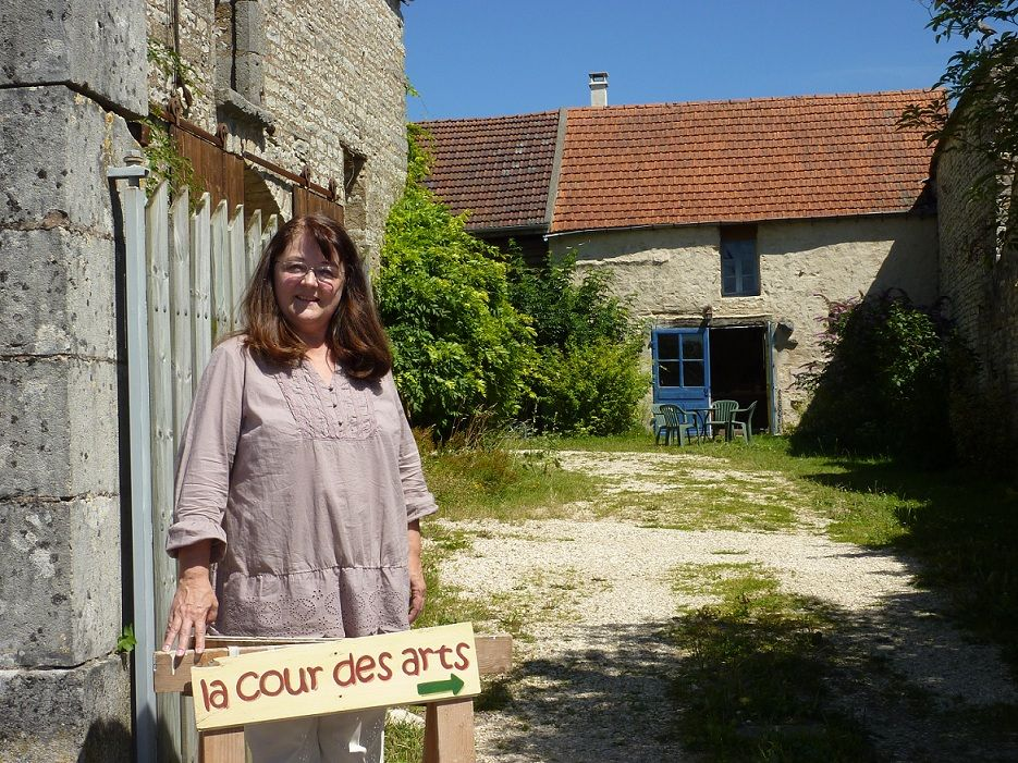 Tricot Bourgogne 3 - Sarry