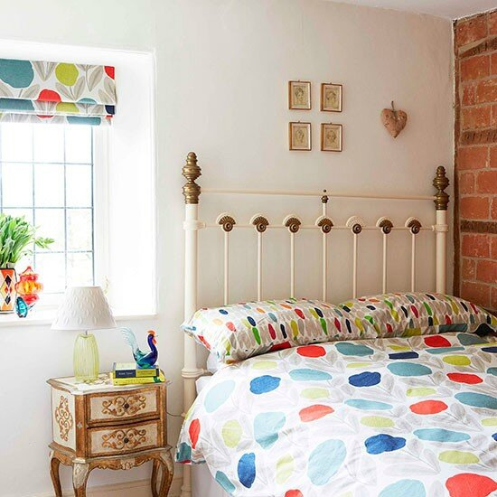 Guest-bedroom--House-tour--Country-Homes-and-Interiors--Housetohome