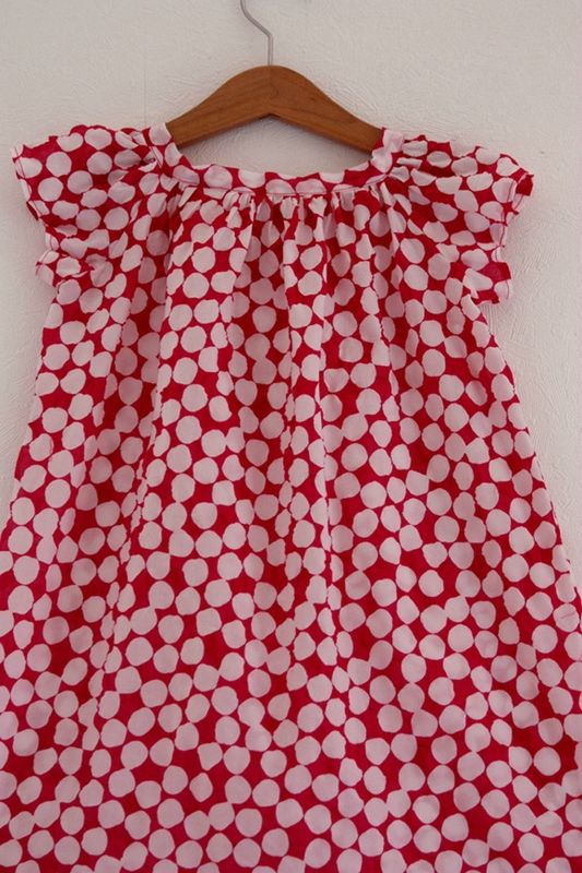 robe  pois cintre