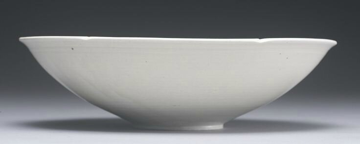 A carved 'Ding' 'Lotus' bowl, Northern Song dynasty2