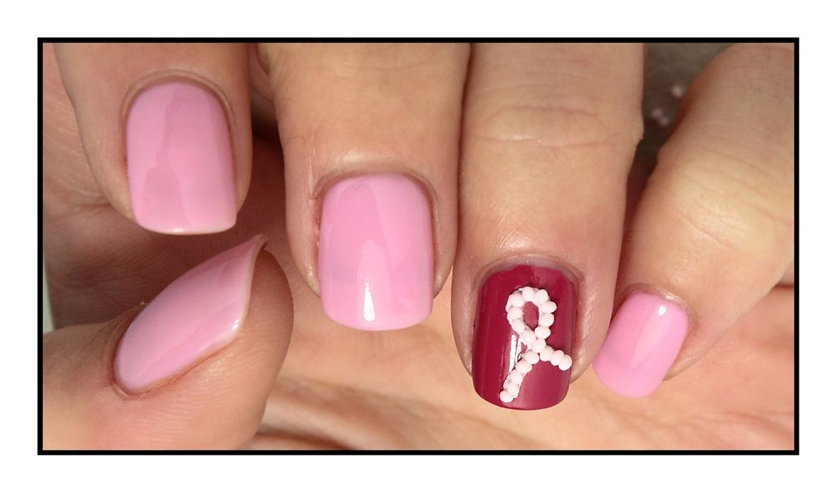 The Sunday Nail Battle #24 - Octobre Rose