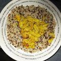 Emincé de poulet au curry, riz sauvage