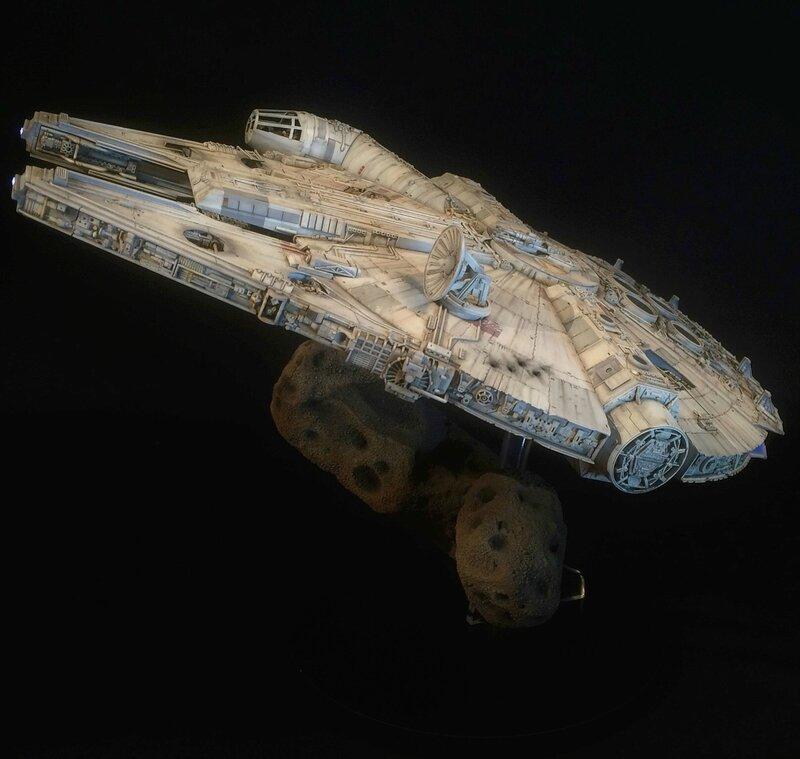 Millennium Falcon 10