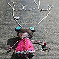 Bijoux petite poupée en feutrine