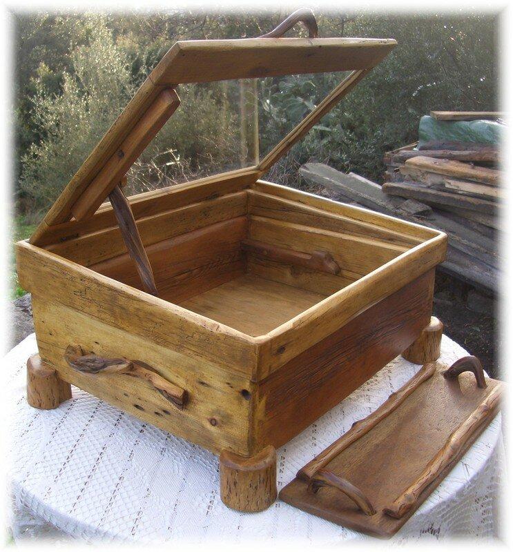 coffret de marine le bois flotte en corse corsica go56. Black Bedroom Furniture Sets. Home Design Ideas
