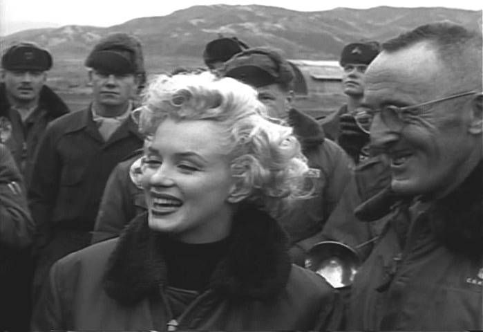1954-02-17-korea-3rd_infrantry-with_GIs-cap-010