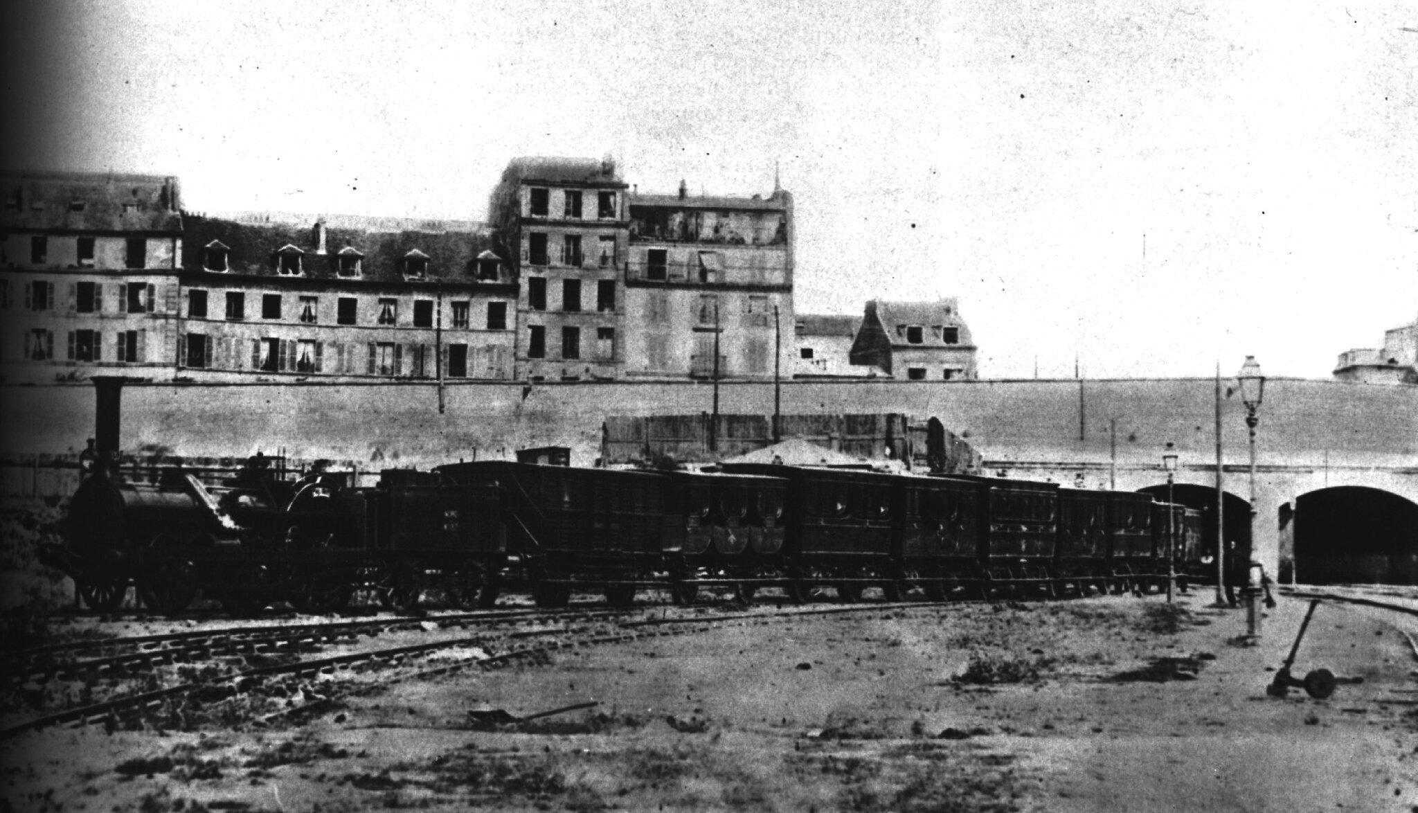 1853 Le train impérial près de la gare du Nord, locomotive Crampton n° 137