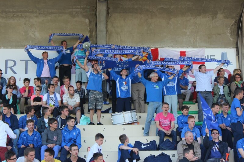 US Avranches supporters CFA football 2014
