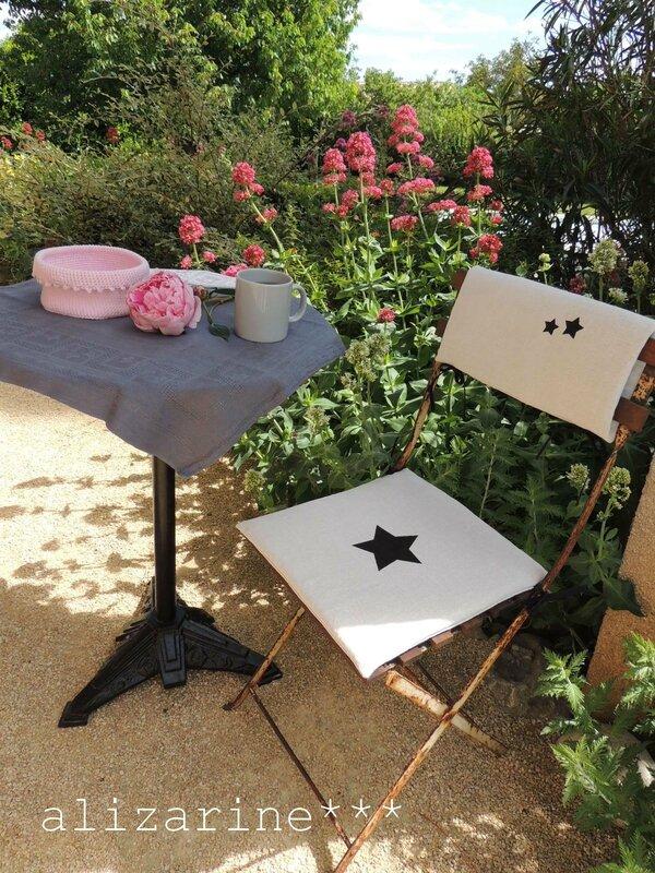 chaise de jardin étoilée