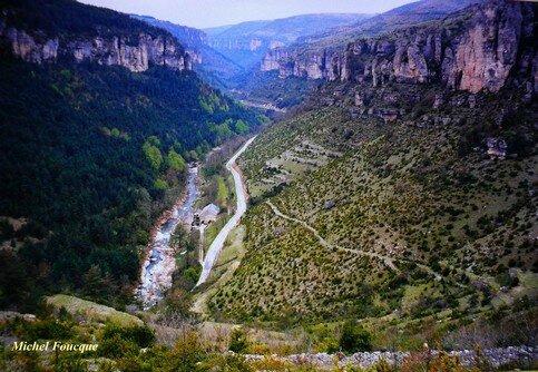 936) Traversée à vélo des Gorges de la Jonte (Lozère)