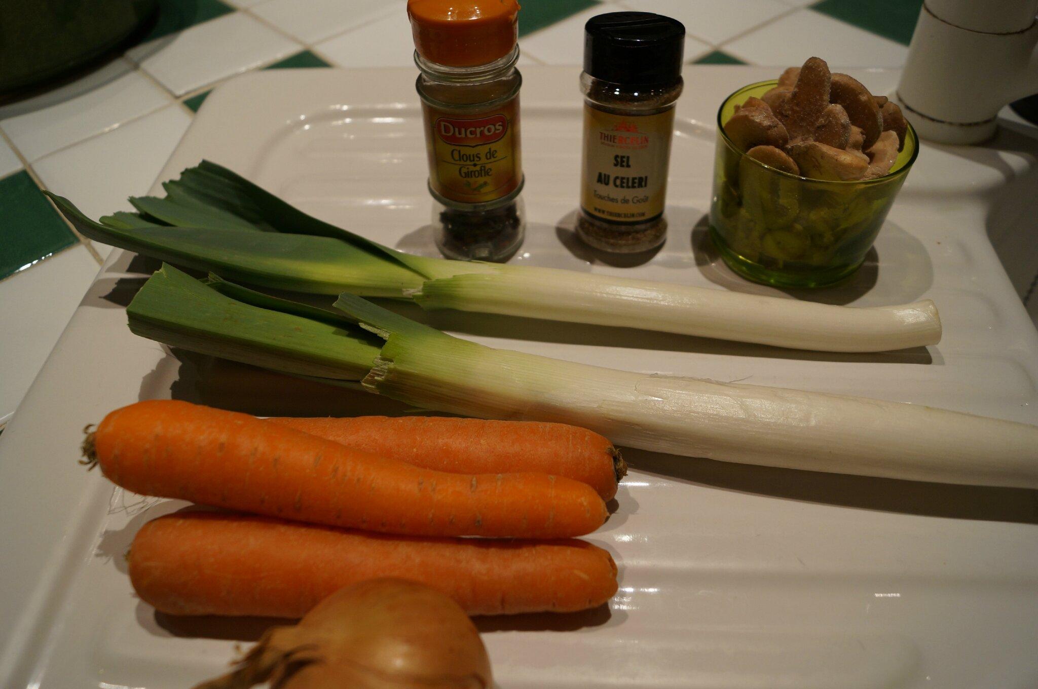 bouillon de l 233 gumes maison recette pic dans la cuisine de fran 231 oise