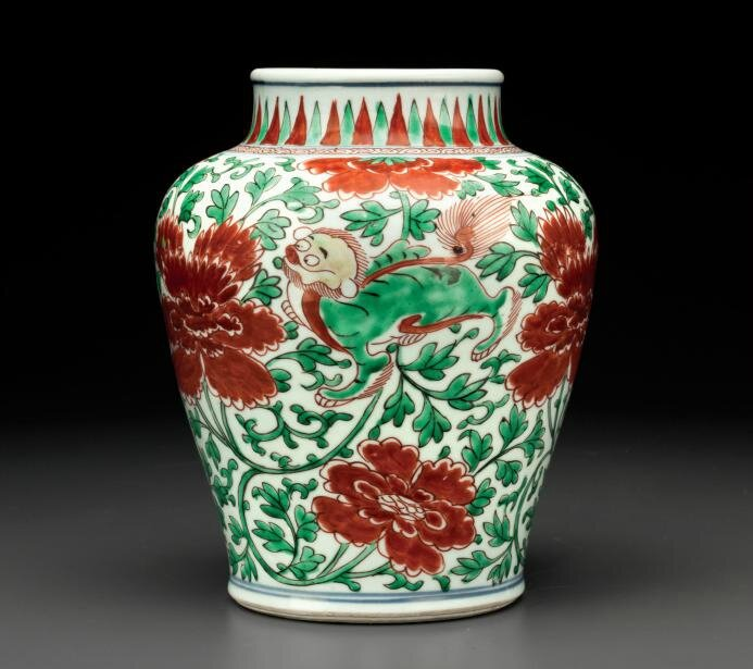 A wucai jar, Transitional period, circa 1650
