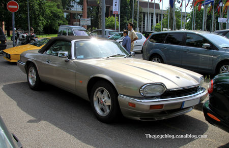 Jaguar_XJS_cabriolet_version_US__Retrorencard_juin_2010__01