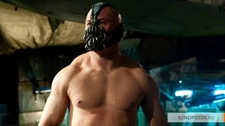 Bane-le-super-mechant-Tom-Hardy_portrait_w858