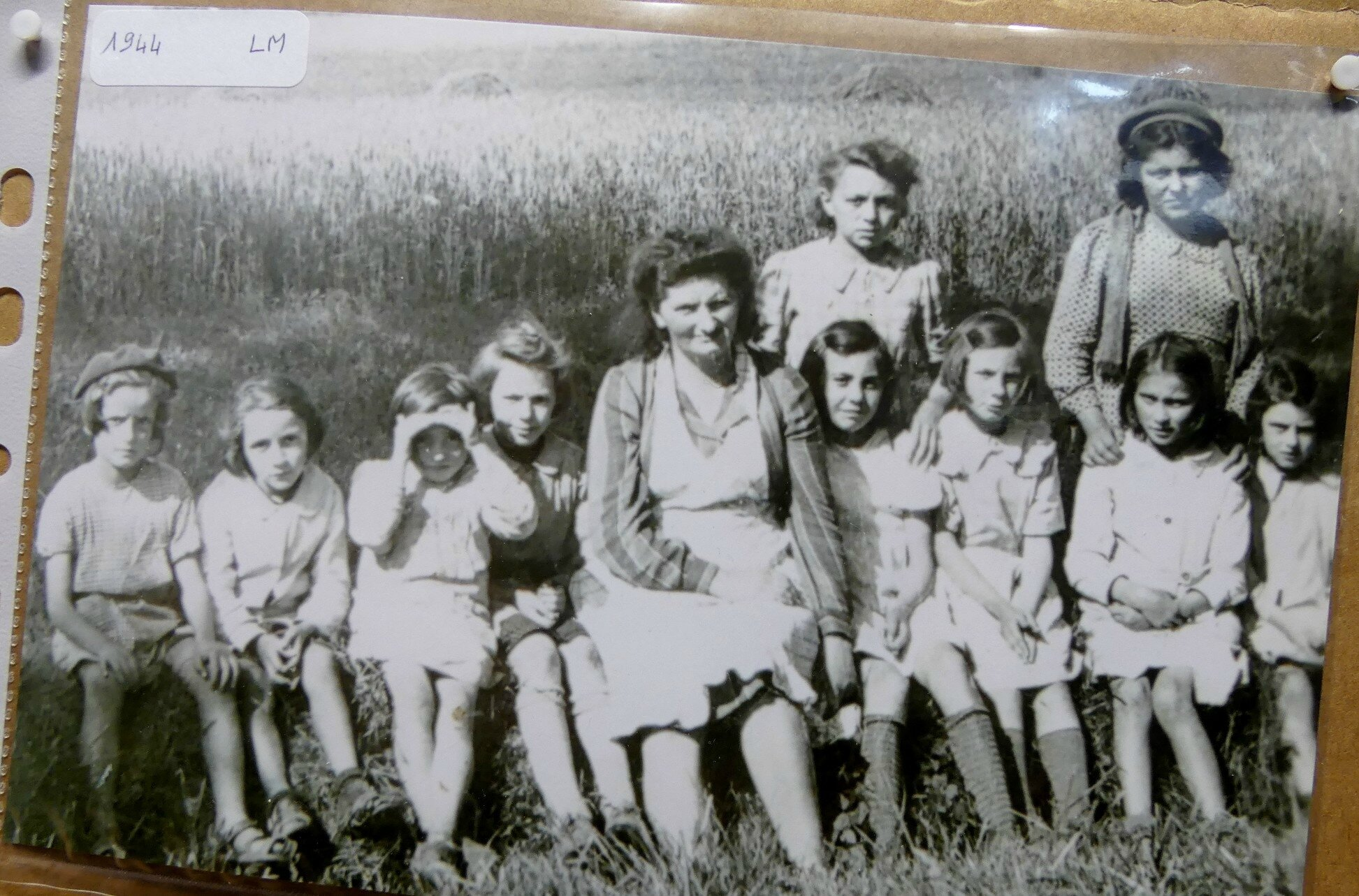 1944 (3)