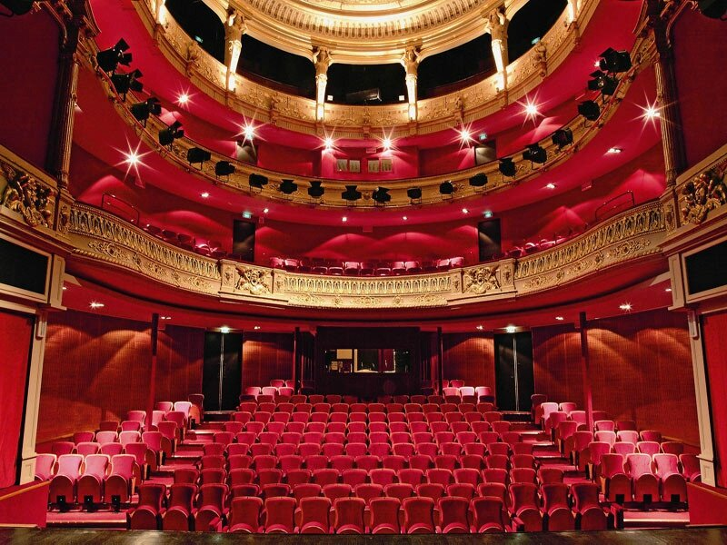 4fd71cafcd82f_theatre-jacques-coeur-bourg