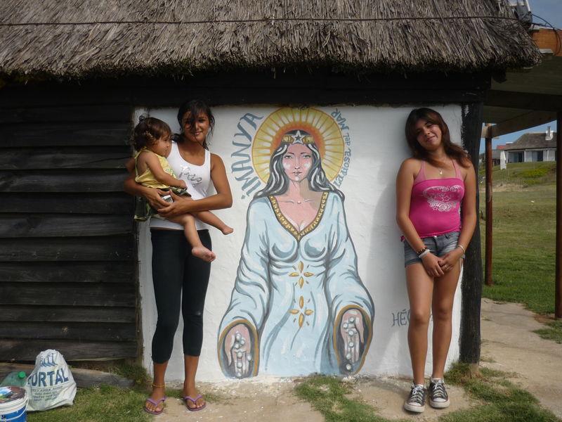 deco, eimanaya, la deesse de la mer pour les pecheurs, punta del diablo, uruguay