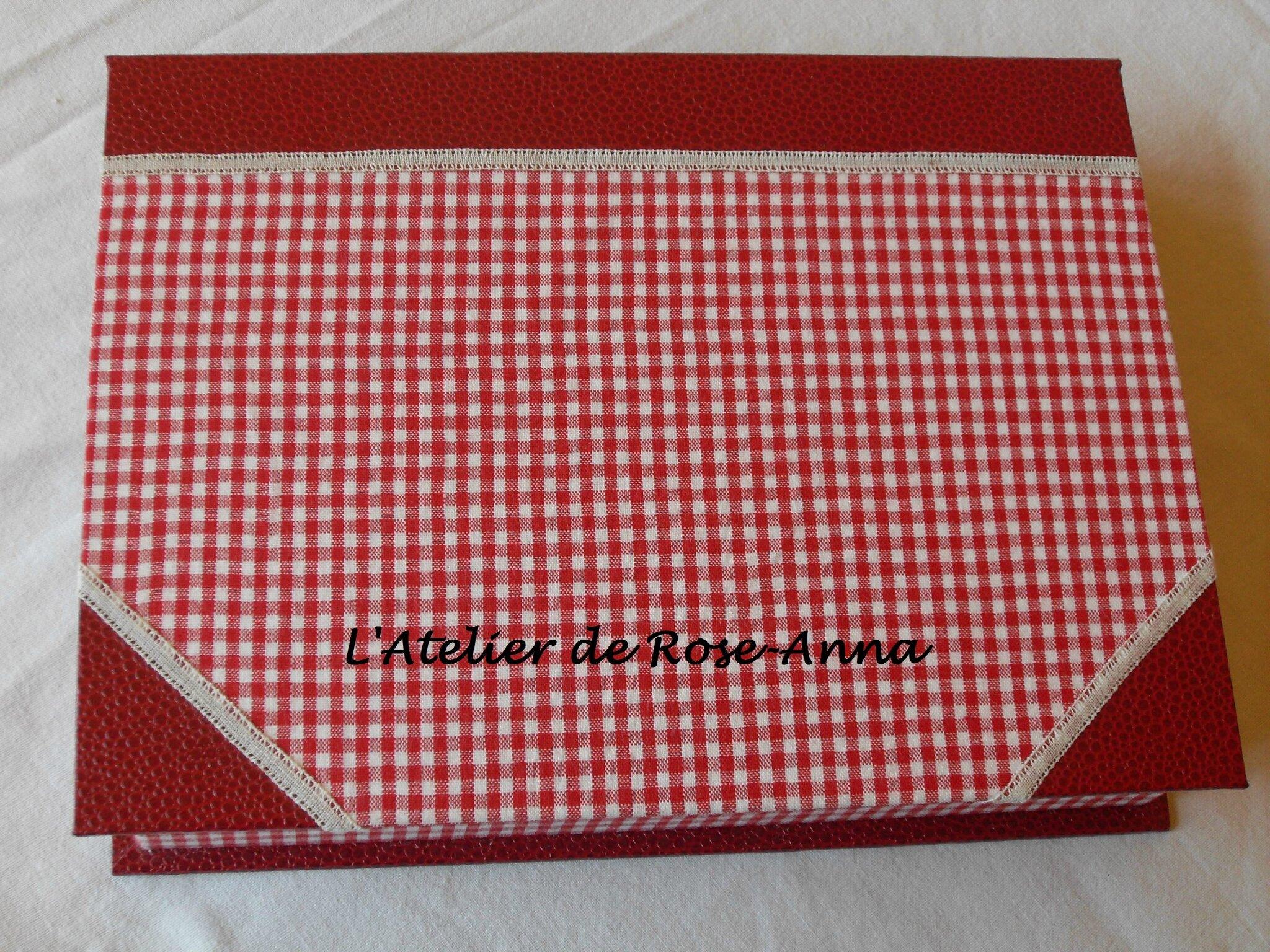 N93 Boite Cartes De Visite Vichy Rouge