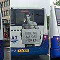 Ta mère à poil dans le bus