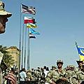 Les états-unis accordent une aide supplémentaire de 200 millions de dollars aux forces ukrainiennes