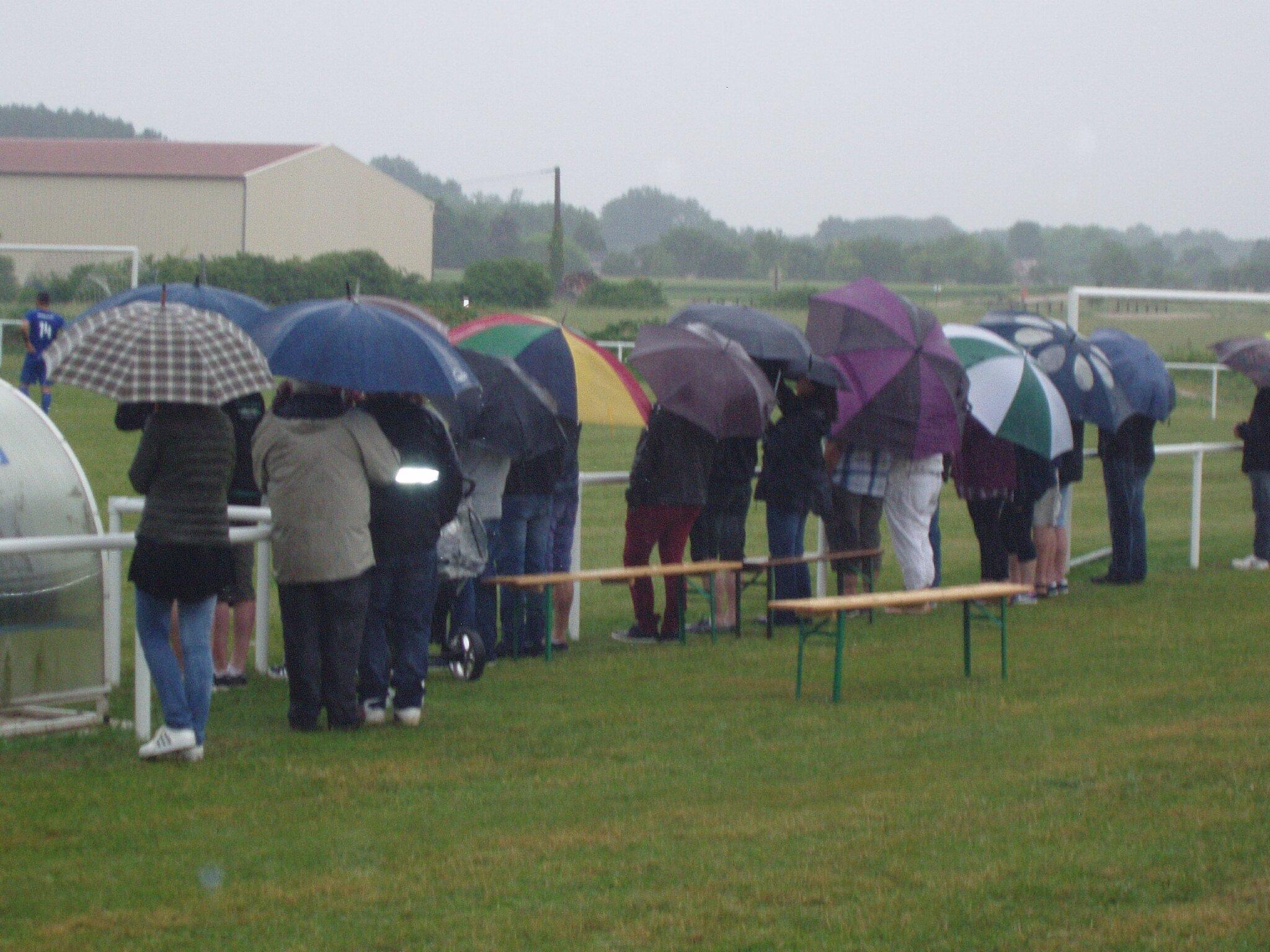 Que de parapluies...