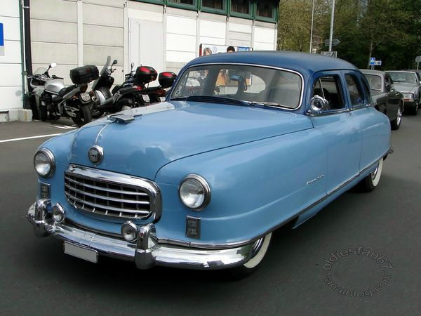 nash ambassador custom 4door sedan 1950 3