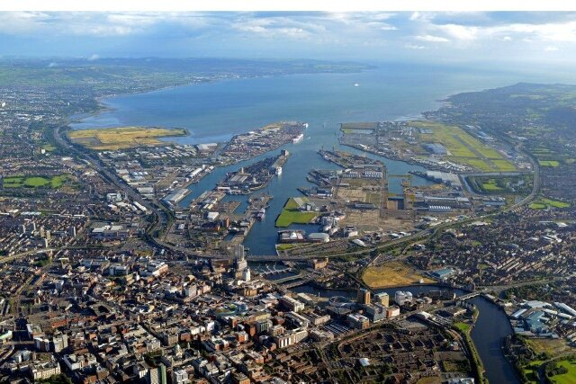 Belfast-Harbour1 (640x427)