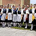 100-273-folklore du monde 2012 la suisse