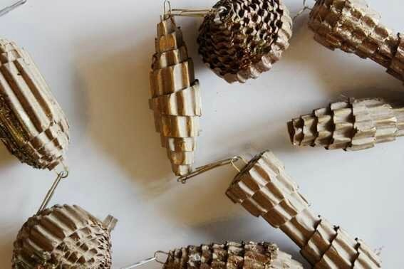 boule-de-noel-en-papier-idee-decoration-accessoire-noel-sapin