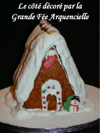 Maison en pain d'épice pour Noël décor porte