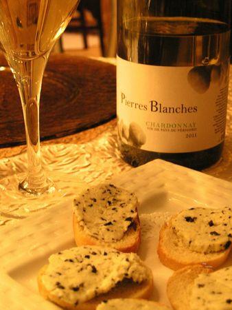 2012 11 29 dîner gastro autour de la truffe - Auberge de la truffe de Sorges (3) - toasts au beurre de truffe