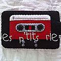 étui cassette rouge