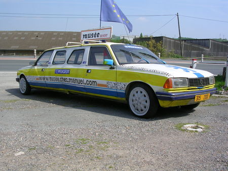 Peugeot_305_coup___01