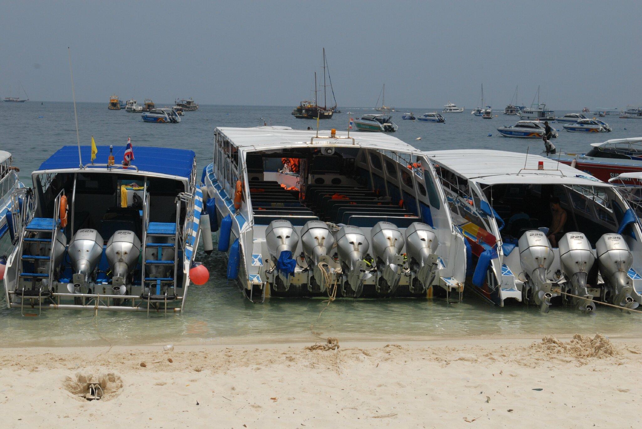 thailand 3 056