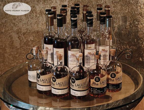 DOMAINE_DE_LAGUILLE_bouteilles_d_Armagnac